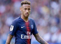 Neymar utiliza redes sociais para negar retorno ao Barcelona: 'Fake News'