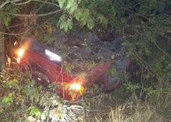Homem morre após capotar carro enquanto fugia da polícia