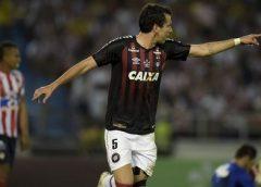 Pablo vê título como coroação no Athletico-PR: 'Indescritível'