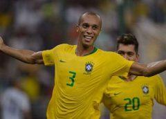 Flamengo: nome de Miranda esfria, e clube avança para ter Léo Pereira, do Athletico