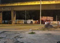 Criminosos detonam explosivos em viaduto e queimam ambulância no 10º dia de ataques no Ceará