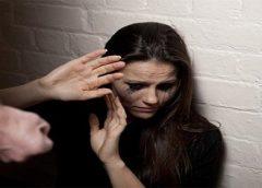 Mulher é espancada no Rio e jovem é preso em flagrante