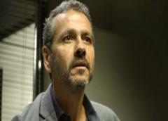 """Dona"":Amadeu consegue o fim da guerra entre Ramirez e Matheus"