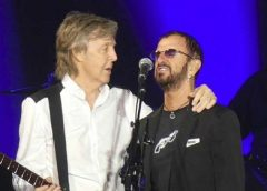 Vídeo: Paul McCartney chama Ringo Starr para participar de show nos EUA