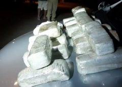 Homem é preso com drogas em veículo durante abordagem na BR-020, no Ceará