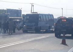 Motociclista morre após se chocar com micro-ônibus em Caucaia