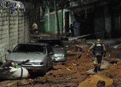 Chuva histórica deixa mortos e provoca deslizamentos na Grande BH