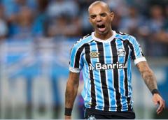 Grêmio anuncia rescisão de Tardelli, que fica livre no mercado; torcida comemora nas redes