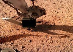Sonda detecta ondas gravitacionais e redemoinhos de poeira em Marte