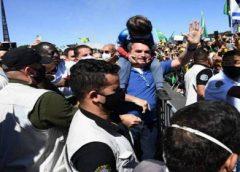 Bolsonaro pede que seus apoiadores não saiam às ruas em dia de protesto contra o Governo