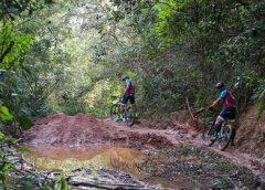 """""""Tour do Fred"""": Veja imagens da viagem de bicicleta até o CT do Fluminense"""