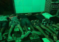 PM encerra festa em motel com adolescentes, arma e drogas durante lockdown em Fortaleza