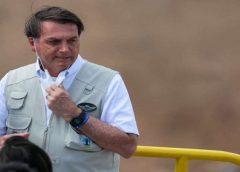 Com febre, Bolsonaro estaria com suspeita de Covid-19 e cancela agenda da semana