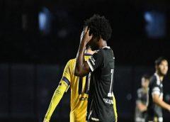 Cano marca no fim, Vasco vence, mas está eliminado da Taça Rio