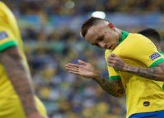 Fortaleza negocia com Grêmio para receber valores pela venda de Everton ainda este ano