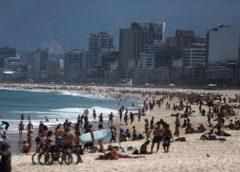 Praias do Rio podem ter demarcação na areia e reserva por app para evitar aglomeração