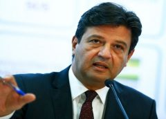100 mil mortes por Covid-19: Mandetta lamenta falta de compromisso de Bolsonaro com a ciência