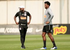 Melhor defesa é coisa do passado? Corinthians tem pior início da década no Brasileirão