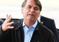 Em passeio, Bolsonaro se irrita com cobrança sobre o preço alto do arroz