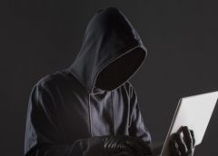 Novo golpe: criminosos clonam contas de WhatsApp para extorquir