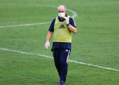 """Felipão diz que Cruzeiro ainda vai """"penar"""", explica escalação de medalhões e pede reforços"""