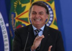 """Relatório contratado pelo governo federal classifica jornalistas como """"detratores"""""""