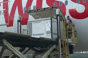 Lote com 600 litros de insumos para fabricação da vacina CoronaVac chega a São Paulo