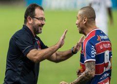 """Enderson sobre vitória do Fortaleza: """"Foi muito merecido o resultado"""""""