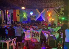 Na véspera do lockdown, Polícia encerra festa de reggae com quase 100 pessoas na Praia de Iracema
