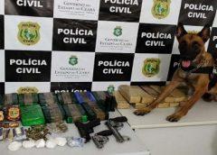 Dois homens são presos com 20kg de drogas e arma com brasão da PM de São Paulo