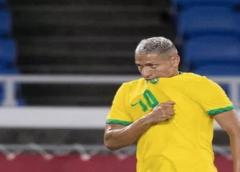 Jogadores da seleção principal da Argentina provocam Richarlison