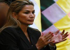 Presidente da Bolívia convoca um diálogo político para encerrar protestos e marcas eleições