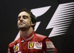 Dez anos atrás, Alonso ganhou para valer em Singapura após segurar ataque de Vettel