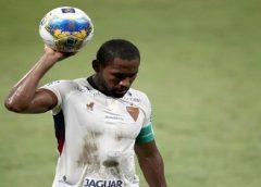Fortaleza inicia conversas e negocia renovação de contrato de Tinga