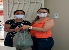 ALUNOS DA REDE MUNICIPAL COMEÇAM A RECEBER KITS COM GÊNEROS ALIMENTÍCIOS