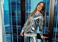 Anitta é flagrada aos beijos com empresário bilionário em festa de aniversário