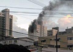 Incêndio em apartamento assusta moradores de prédio na Avenida Beira Mar