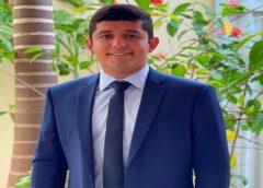 MPCE pede exoneração de parentes do prefeito de Parambu dos cargos políticos