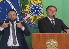 Bolsonaro diz que Ministério da Saúde vai publicar parecer que desobriga uso de máscara