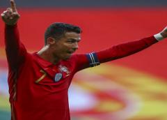 Cristiano Ronaldo é escolhido o maior jogador europeu do século em eleição promovida pela BBC