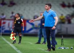 Mudanças não surtem efeito, Grêmio definha no Z-4 com um ponto em 15 e busca novo vice