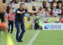"""Jorginho celebra empate do Cuiabá e revela """"promessa"""" a Renato Gaúcho: """"Hoje não"""""""