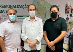 Bismark Maia sai derrotado e prefeito de Icapuí assume Policlínica do Vale